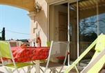 Location vacances La Fare-les-Oliviers - Apartment Impasse des Lilas-3