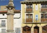 Location vacances Las Cuerlas - Hostal Las Grullas-1