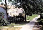 Location vacances La Gripperie-Saint-Symphorien - Résidence Lagrange Classic Les Maisonnettes La Palmyre