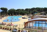 Camping avec Quartiers VIP / Premium Saint-Cyr-sur-Mer - Yelloh! Village - Luberon Parc-1