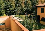 Location vacances Calcinaia - Borgo Medievale-1