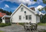 Location vacances Åsgårdstrand - Three-Bedroom Holiday Home in Moss-1