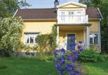 Location vacances Askersund - Four-Bedroom Holiday Home in Motala-1