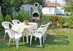 Location vacances Balatonkeresztúr - Holiday Home Balaton A409-2