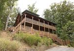 Location vacances Gatlinburg - Angels Rest by Gatlinburg Cabins Online-3