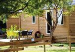 Camping avec Quartiers VIP / Premium Port-Vendres - Flower Domaine de la Palme-1