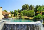 Location vacances Le Beausset - La maison des amis avec piscine et jacuzzi-1