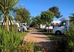 Camping  Acceptant les animaux Quettehou - Camping de la Plage-1