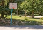 Location vacances Montbrun-Bocage - Cazaleres Villa 25-2