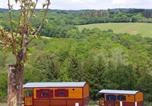 Camping avec Hébergements insolites Trédrez-Locquémeau - Les Roulottes des Korrigans-4
