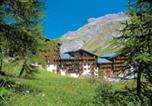 Location vacances Val-d'Isère - Residence Odalys Les Hauts du Rogoney