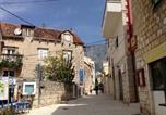 Location vacances Makarska - Holiday Home Kalalarga-1
