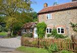 Location vacances Foulsham - Meadow Cottage-4