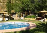 Location vacances Aguilar de la Frontera - Holiday home Finca La Barca-2
