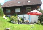 Location vacances Baiersbronn - Haus am Wald-1