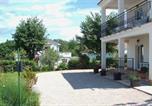 Location vacances Malinska-Dubašnica - Apartmani Lucanich 1-3