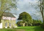 Location vacances Saint-Quentin-sur-le-Homme - Maison De Vacances - Vains-1