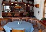 Location vacances Hilders - Pension Restaurant Pane e Olio-1