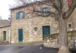 Location vacances Lastours - Holiday Home Aragon I-1